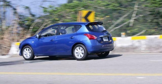 2015 Nissan Tiida 5D 豪華版  第3張相片
