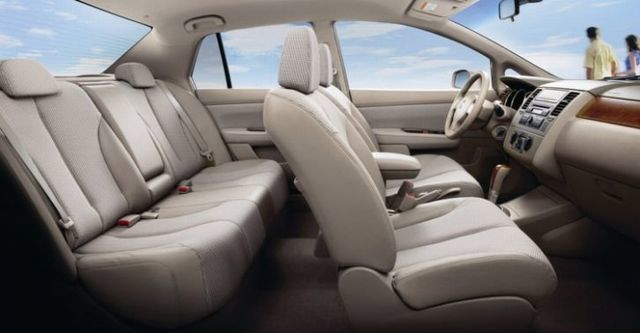 2014 Nissan Tiida 4D 傳奇版  第8張相片