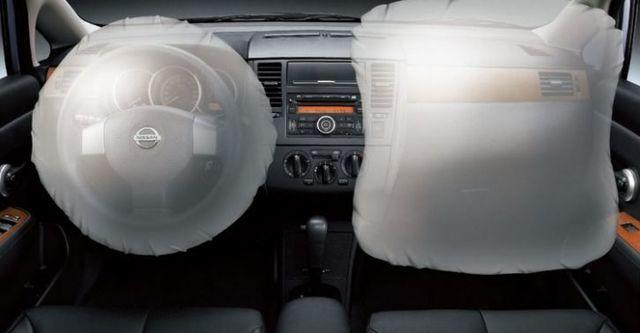 2014 Nissan Tiida 4D 傳奇版  第9張相片