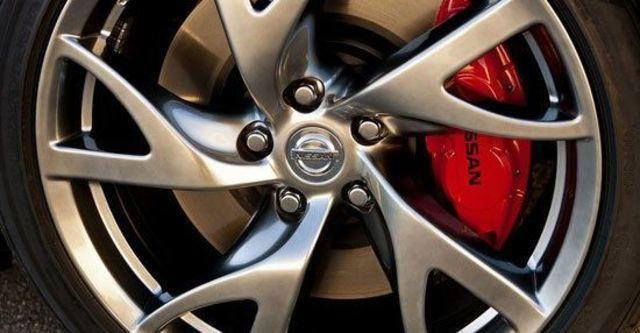 2013 Nissan 370Z Coupe 3.7  第7張相片