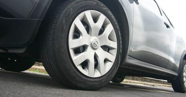 2013 Nissan Juke 1.6自然進氣  第4張相片