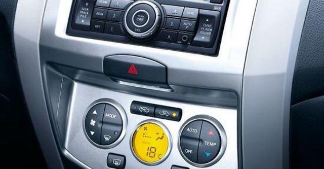 2013 Nissan Livina 1.6 H  第6張相片