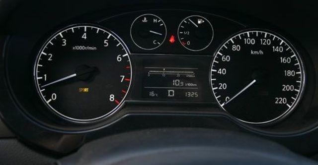 2013 Nissan Tiida 5D 1.6 S規  第9張相片