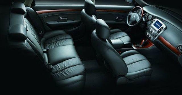 2012 Nissan Bluebird 2.0 P  第8張相片