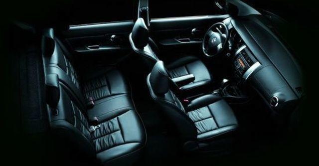 2012 Nissan Livina 1.6 B  第5張相片