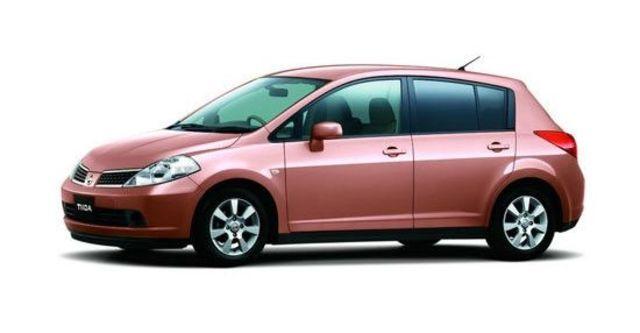 2012 Nissan Tiida 5D 1.8 L  第3張相片