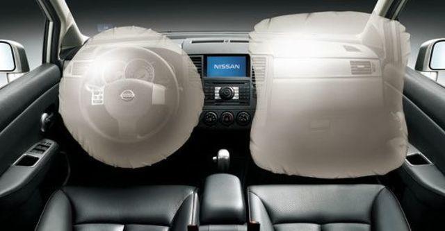 2012 Nissan Tiida 5D 1.8 L  第11張相片