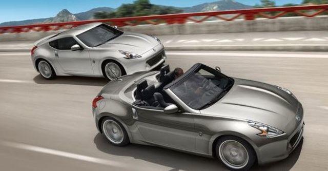2011 Nissan 370Z Roadster 3.7  第6張相片