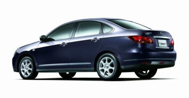 2011 Nissan Bluebird 2.0 P  第5張相片