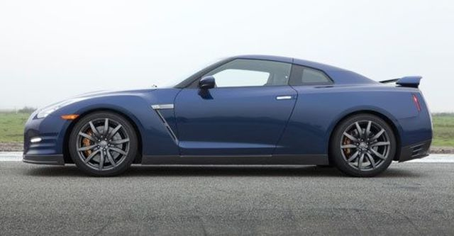 2011 Nissan GT-R Coupe  第5張相片
