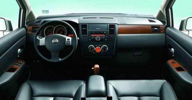 2011 Nissan Tiida 4D 1.6 L  第5張相片