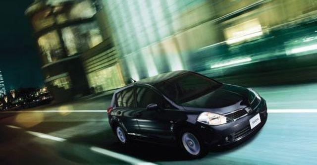 2011 Nissan Tiida 5D 1.8 L  第1張相片