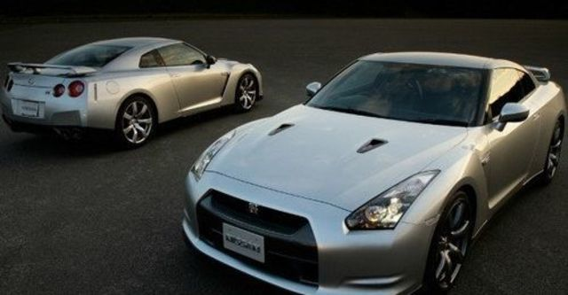 2009 Nissan GT-R Coupe  第4張相片