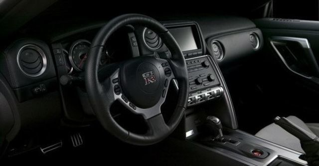 2009 Nissan GT-R Coupe  第8張相片