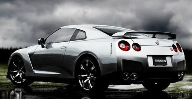 2009 Nissan GT-R Coupe  第12張相片