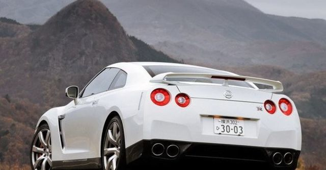 2009 Nissan GT-R Coupe  第14張相片