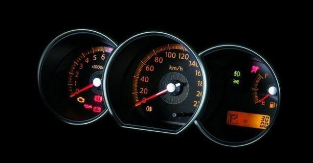 2009 Nissan Livina 1.8 H  第9張相片