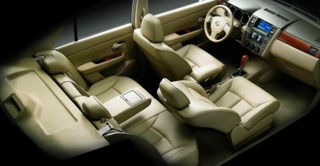 2009 Nissan Tiida 1.8 5D P  第8張相片