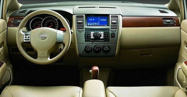 2008 Nissan Tiida 四門1.6B  第5張相片