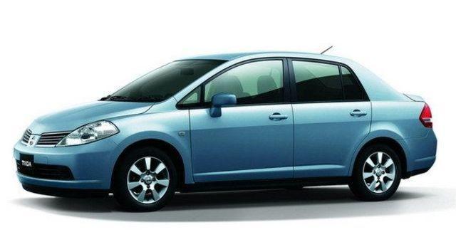 2008 Nissan Tiida 四門1.8P  第2張相片
