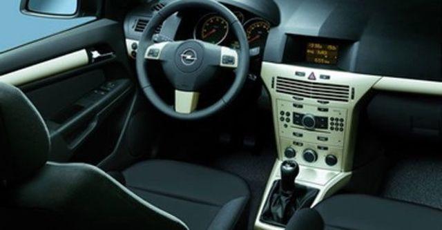 2011 Opel Astra 1.8 Club  第3張相片