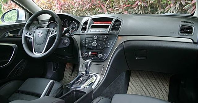 2011 Opel Insignia Sports Tourer 2.0 CDTI  第4張相片