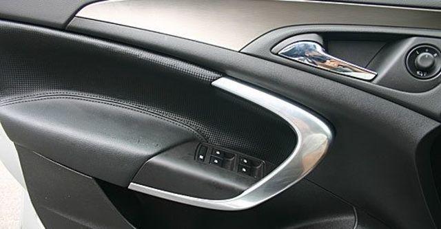 2011 Opel Insignia Sports Tourer 2.0 CDTI  第5張相片