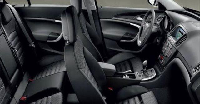 2011 Opel Insignia Sports Tourer 2.0 CDTI  第6張相片