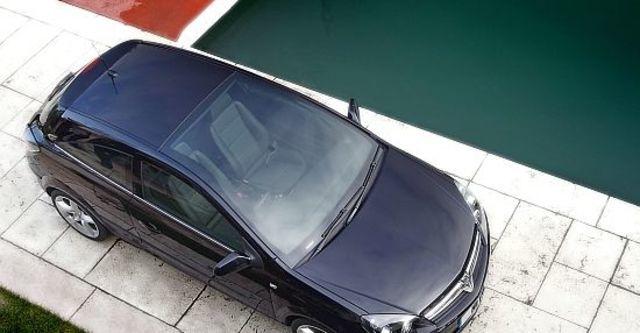 2010 Opel Astra GTC 1.8 Panorama  第4張相片