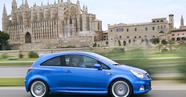 2010 Opel Corsa OPC  第6張相片