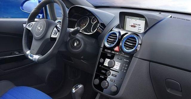 2010 Opel Corsa OPC  第7張相片
