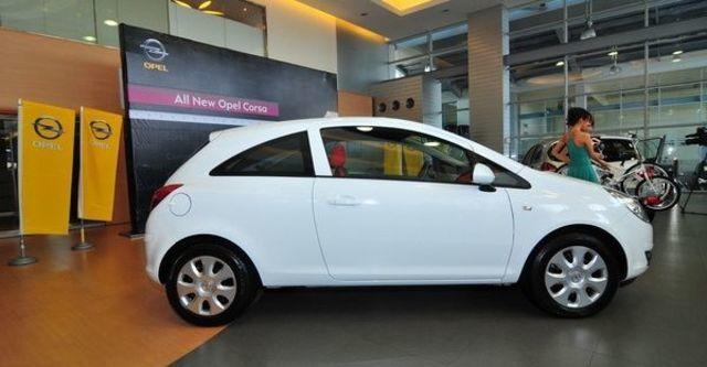 2009 Opel Corsa 1.4 Enjoy 3D  第10張相片