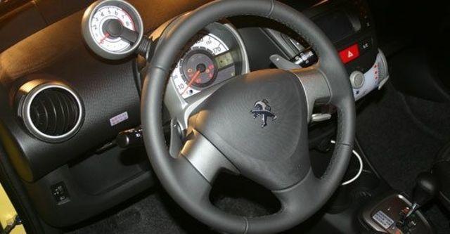2013 Peugeot 107 羅浮經典版  第9張相片