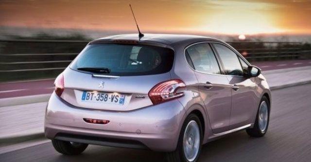 2013 Peugeot 208 1.6 VTi AT  第8張相片