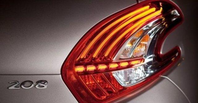 2013 Peugeot 208 1.6 VTi AT  第9張相片