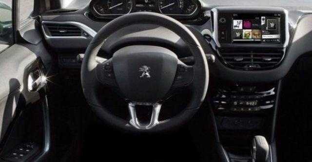 2013 Peugeot 208 1.6 VTi AT  第10張相片