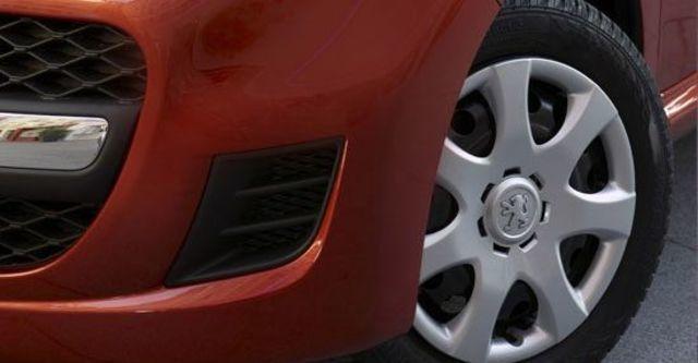 2012 Peugeot 107 羅浮經典版  第7張相片