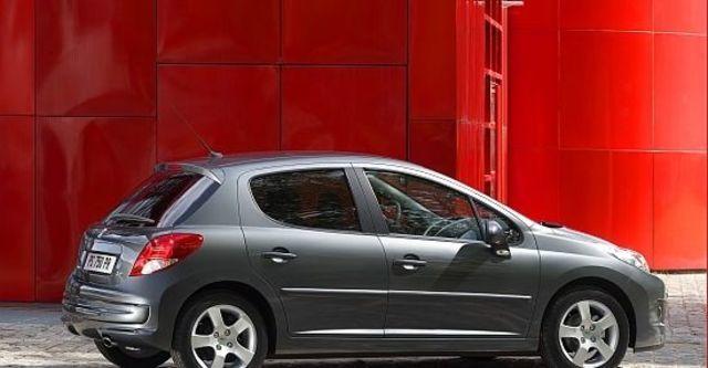 2012 Peugeot 207 1.6全景天窗版  第5張相片