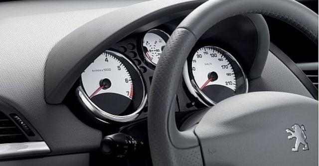2012 Peugeot 207 1.6全景天窗版  第8張相片