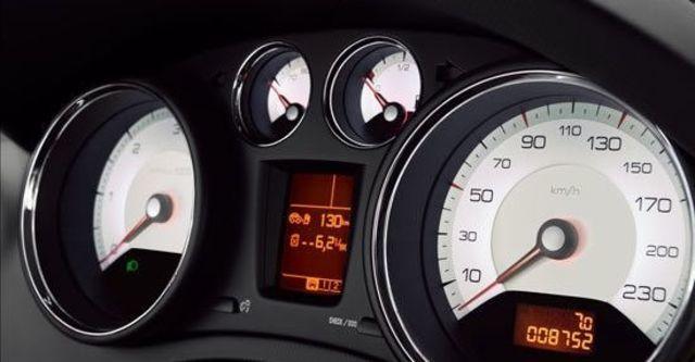 2012 Peugeot 308 1.6 e-HDi Design  第8張相片