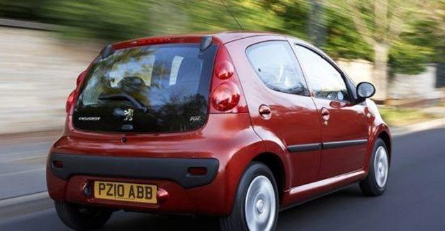 2011 Peugeot 107 羅浮經典版  第8張相片