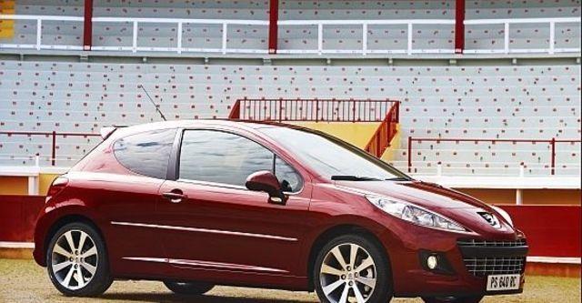 2011 Peugeot 207 3D GTi  第2張相片