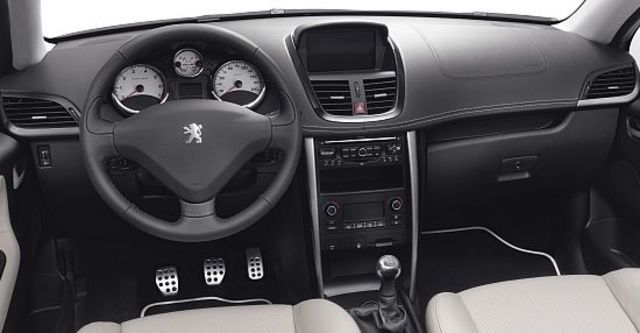 2011 Peugeot 207 CC 1.6 Sport  第10張相片