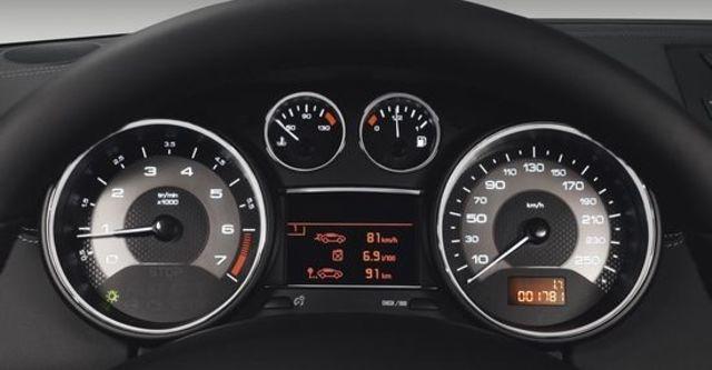 2011 Peugeot RCZ THP 156  第6張相片