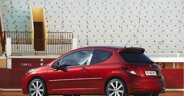 2010 Peugeot 207 GTi 1.6  第6張相片