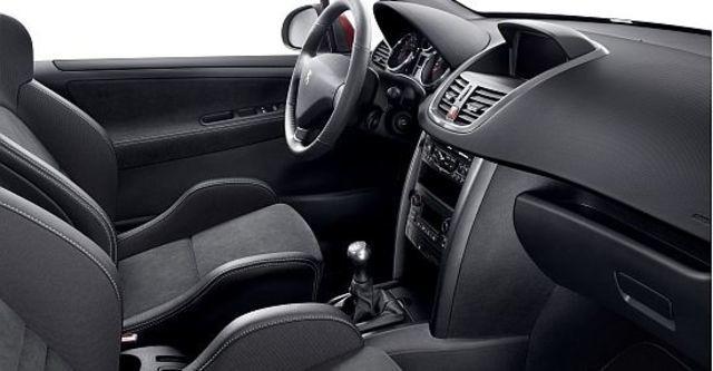 2010 Peugeot 207 GTi 1.6  第8張相片