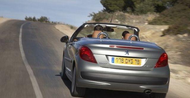 2009 Peugeot 207 CC 1.6  第8張相片