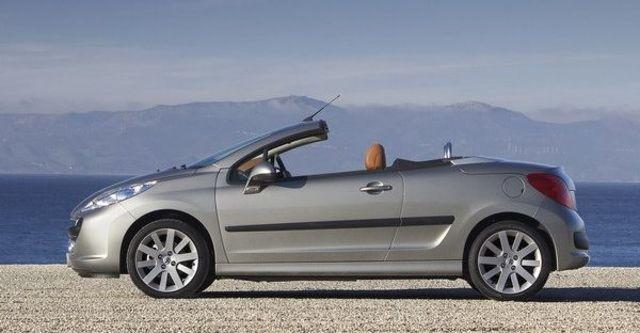 2009 Peugeot 207 CC 1.6  第10張相片
