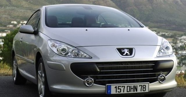 2009 Peugeot 307 CC 2  第7張相片