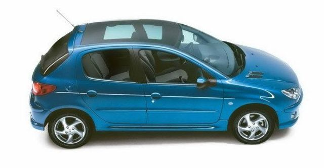 2008 Peugeot 206 1.6  第7張相片